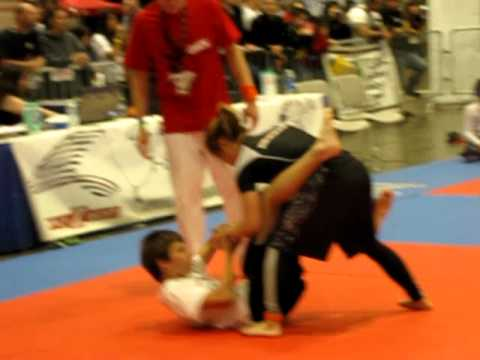 Girl vs Boy- Gracie Worlds Finals Match