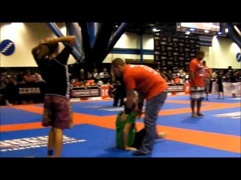 Kayla De Leon  Grapplers Quest 10-8-11.wmv